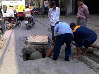 Dịch vụ thông tắc vệ sinh Hà Nội
