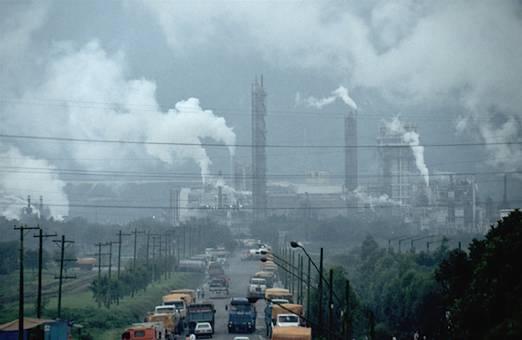 Dịch vụ vệ sinh môi trường tại các xí nghiệp, nhà máy